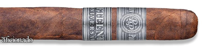 Rocky Patel - 15th Anniversary Toro (Tubo) (Box of 10)
